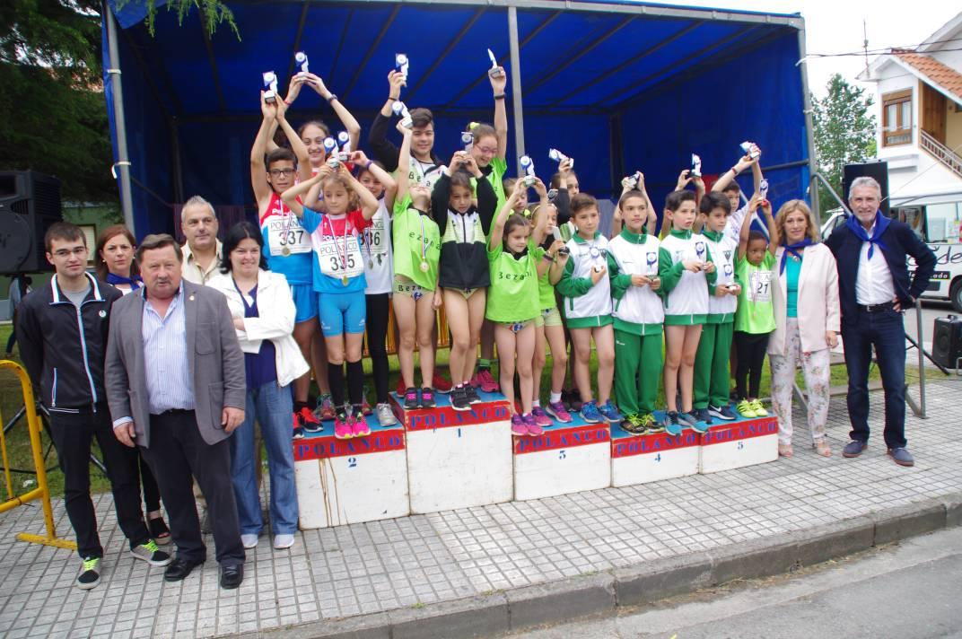 El barrio de quintana acogi una nueva edici n del cross for Valla infantil carrefour